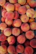 Peaches in the pijaca market.